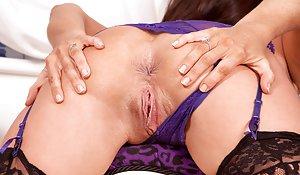 Shaved Ass Porn Pics