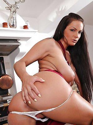 Housewife Anal Porn Pics